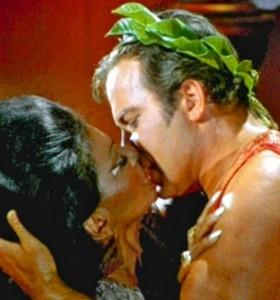 KIRK KISS UHURA