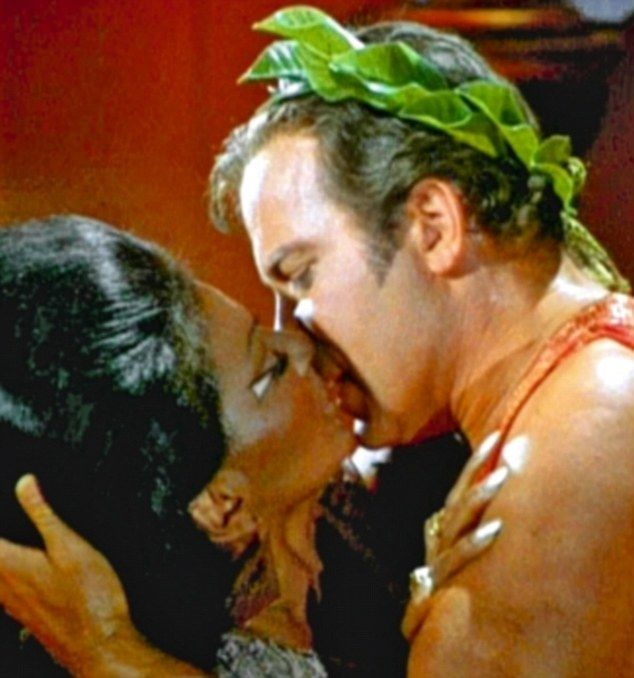 uhura and kirk relationship quizzes