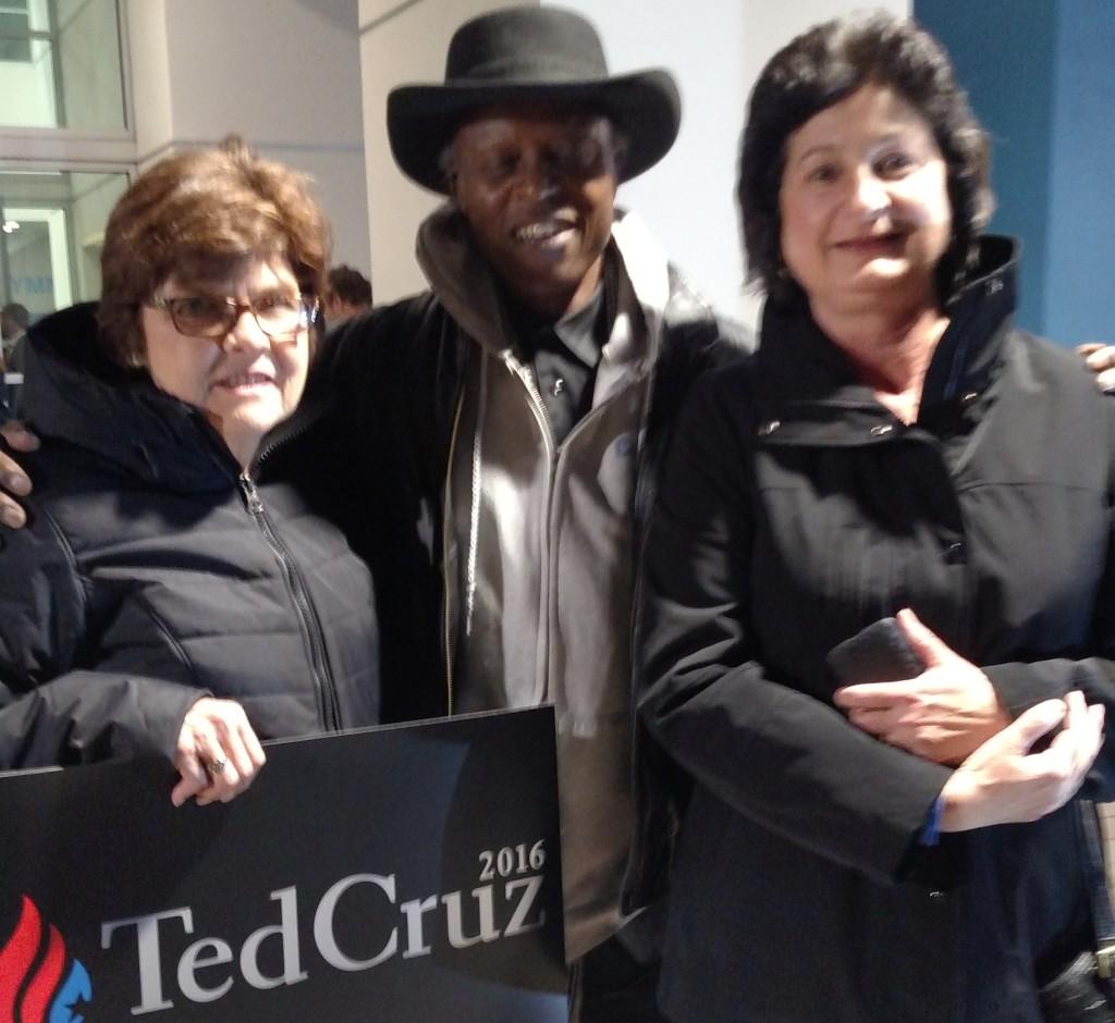 Ted Cruz Nevada Reno Rally Susan and Evelyn 2