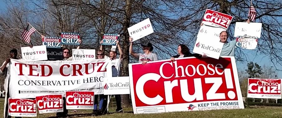 Ted Cruz LouisianaCovingtonSignWave