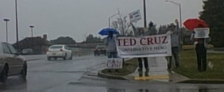 Ted Cruz Wisc sign wave in Snow