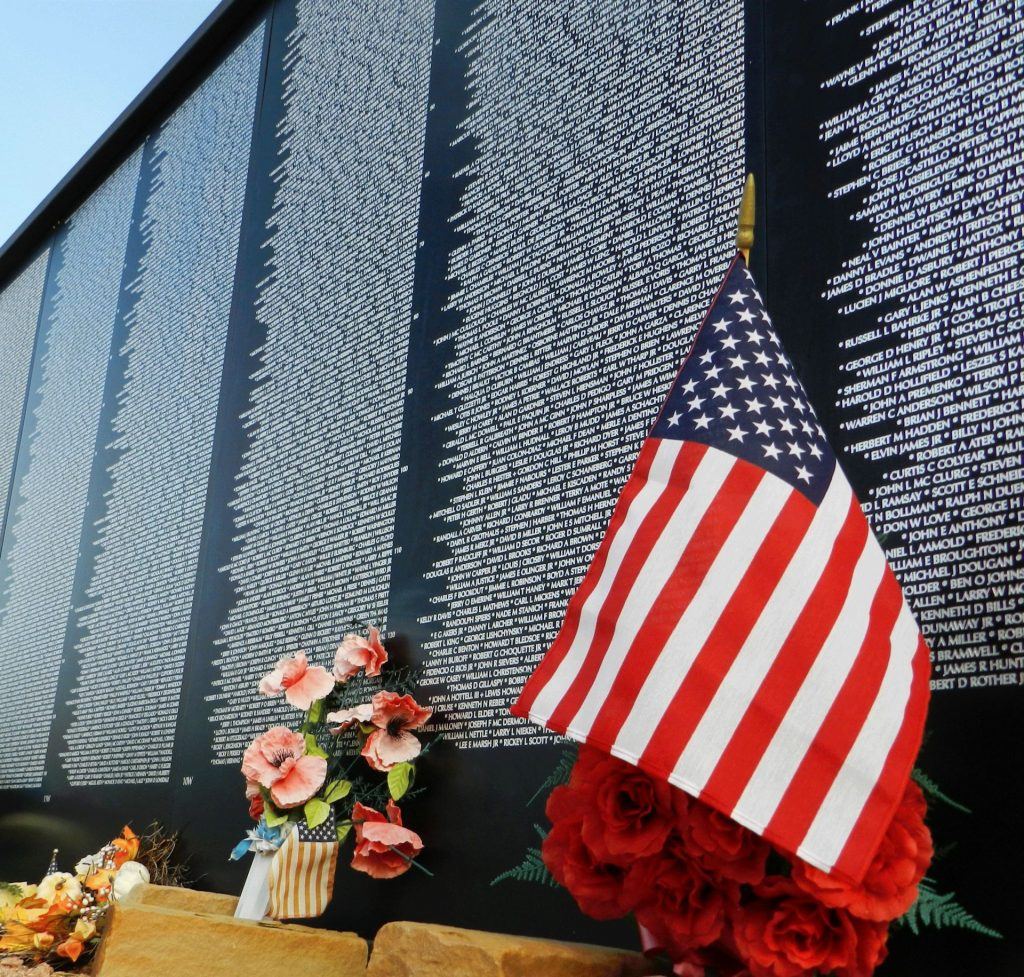 Vietnam-Memorial-Wall2